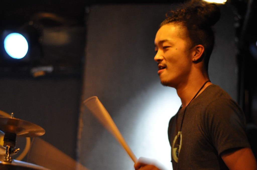 Shin Kokawa is playing the drums at Lee`s Palace. Photo: Takeshi Kato