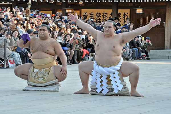 Kisenosato is first Japanese-born sumo yokozuna in nearly 20 years